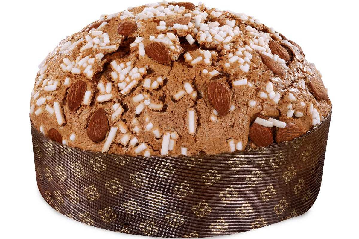 Dolce&Gabbana and Fiasconaro: The Panetonne with Sicilian almonds
